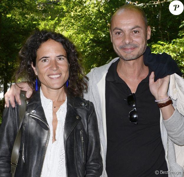 """Mazarine Pingeot officialise sa relation avec son compagnon Didier Le Bret à """"La Forêt des livres"""" - Mazarine Pingeot et son compagnon Didier Le Bret - 19ème édition de """"La Forêt des livres"""" à Chanceaux-près-Loches, le 31 août 2014."""