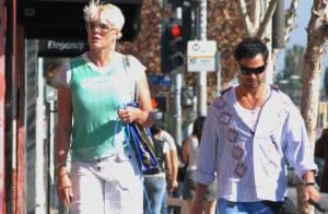 Brigitte Nielsen, ex-femme de Sylvester Stallone a sorti toute la famille : Woofy et son toy-boy de mari !