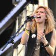 Amandine Bourgeois de  Nouvelle Star  prépare son premier album