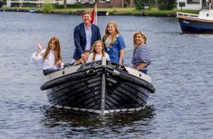 Willem-Alexander et Maxima des Pays-Bas et leurs filles : la croisière s'amuse !