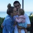 Melissa Ordway, Justin Gaston et leur fille Olivia (1 an) le 26 juin 2017