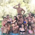 Cristiano Ronaldo pose avec toute sa famille et sa compagne Georgina Rodriguez à Ibiza le 12 juillet 2017.