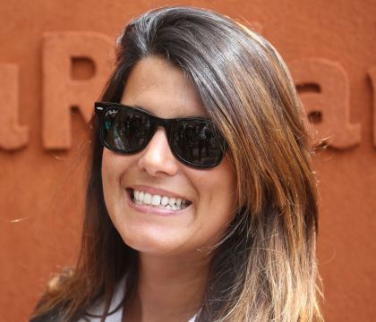 Karine Ferri sublime et sensuelle à la plage : La photo qui fait l'unanimité !