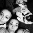 """""""Alysson Paradis pose avec ses neveux Lily Rose et Jack, ainsi que son chien Jiji et son chéri Guillaume Gouix"""""""