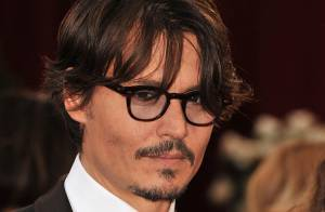 La star Johnny Depp... serait le frère de Sean Penn !!!