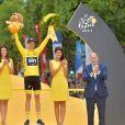 Anne Hidalgo, Christopher Froome - Arrivée de la 104ème édition du Tour de France sur les Champs-Elysées à Paris le 23 juillet 2017. © Giancarlo Gorassini/Bestimage