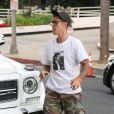 Exclusif - Justin Bieber arrive à l'église à Los Angeles vêtu d'un T shirt à l'éffigie de Michael Jackson à Los Angeles le 19 juillet 2017