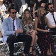 Jennifer Aniston, son mari Justin Theroux et Will Arnett et sa compagne Elizabeth Law à la remise de l'étoile de leur ami Jason Bateman sur le Walk of Fame à Hollywood, le 26 juillet 2017
