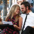 Jennifer Aniston et son mari Justin Theroux complices - Jason Bateman reçoit son étoile sur le Walk of Fame à Hollywood, le 26 juillet 2017