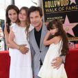 Jason Bateman avec sa femme Amanda Anka et ses filles Francesca et Maple - Jason Bateman reçoit son étoile sur le Walk of Fame à Hollywood, le 26 juillet 2017