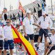 Le roi Felipe VI d'Espagne se préparait le 2 août 2017 avec l'équipage du voilier Aifos lors de la 36e Copa del Rey à Palma de Majorque.