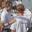 """""""Pierre Casiraghi est venu saluer le roi Felipe VI d'Espagne le 3 août 2017 lors de la 36e Copa del Rey à Palma de Majorque."""""""