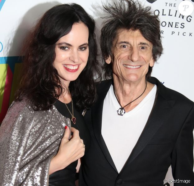 Ronnie Wood avec sa femme Sally Humphreys à l'exposition des Rolling Stones à New York, le 15 novembre 2016