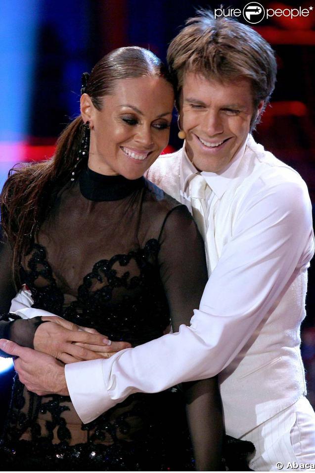 Emmanuel de Savoie et sa partenaire Natalia Totova pendant l'émission Ballando Sotto le Stelle, le 7 février 2009