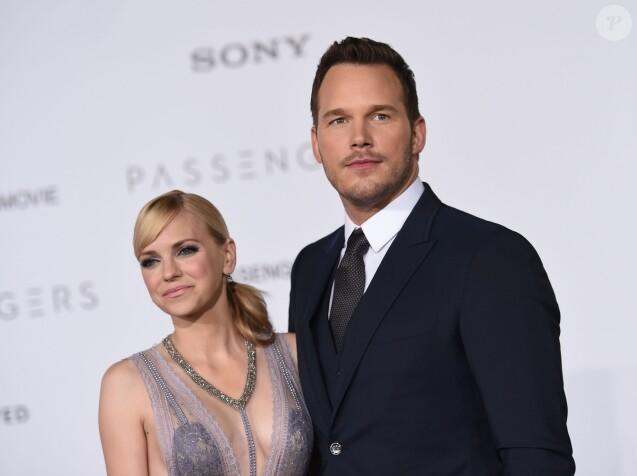 Anna Faris et son mari Chris Pratt à la première de Passengers au théâtre The Regency Village à Westwood, le 14 décembre 2016