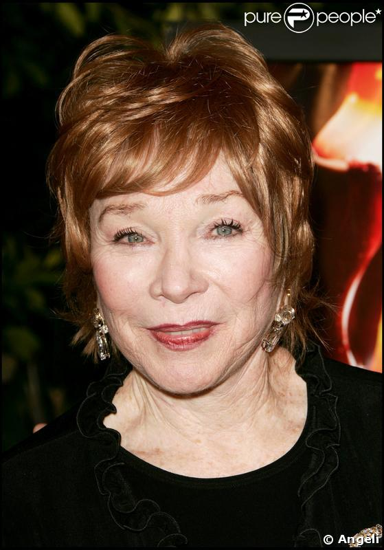 Shirley MacLaine - Wallpaper Hot