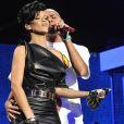 """Rihanna et Chris Brown lors du concert """"The Z100 Jingle Ball 2008 Stand Up For Cancer Benefit"""", organisé auMadison Square Garden de New York, le 12 décemnbre 2008."""