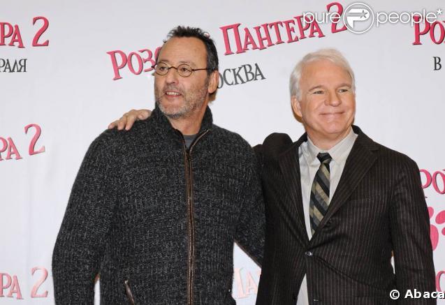 Steve Martin et Jean Reno à l'avant-première de  La panthère rose 2 , à Moscou. 09/02/09