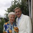 Jacqueline Monsigny et son mari Edward Meeks à leur domicile à Paris, le 28 juin 2008.