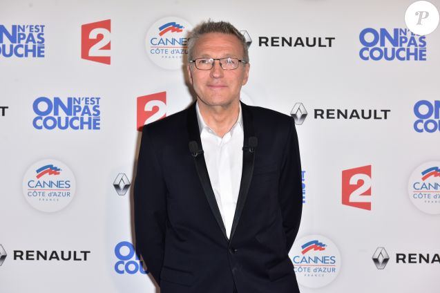 "Laurent Ruquier au photocall lors de l'enregistrement de l'émission ""On n'est pas couché"" à la Villa Domergue lors du 70e Festival International du Film de Cannes, France, le 24 mai 2017. © Giancarlo Gorassini/Bestimage"
