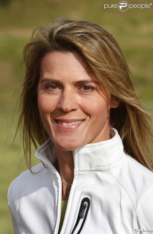 Nathalie Simon : Elle va donner un grand coup de pied ...