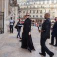 Semi Exclusif - Céline Dion et son styliste Law Roach quittent l'hôtel Royal Monceau pour se rendre à l'Opéra Garnier à Paris le 13 juin 2017.
