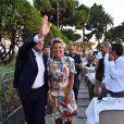 Christian Estrosi, le maire de Nice, et sa femme, Laura Tenoudji durant le traditionnel Lou Festin Nissart autour de Christian Estrosi organisé à Nice par l'association des Amis du Maire sur la Coulée Verte privatisée pour l'événement le 1er septembre 2017. Plus de 5000 personnes etaient présentes à ce rendez vous annuel niçois. Après les discours, place au repas Nissart avec en plat principal des raviolis à la daube. © Bruno Bebert/Bestimage01/09/2017 - Nice
