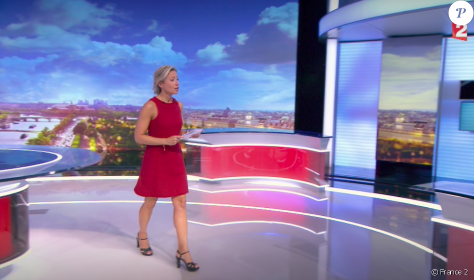 Anne-Sophie Lapix lors de la première présentation de son Journal Télévisé sur France 2, le 4 septembre 2017.