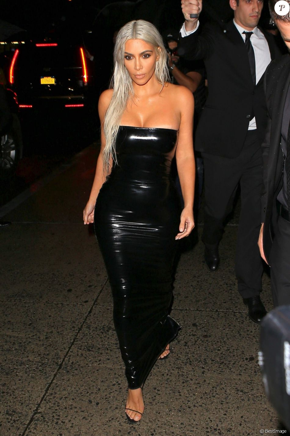 Kim Kardashian arrivant au défilé de mode Tom Ford lors de la Fashion week à New York, le 6 septembre 2017