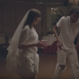 La fille de Charlotte Gainsbourg et Yvan Attal, Alice, dans le clip Deadly Valentine, de sa mère.
