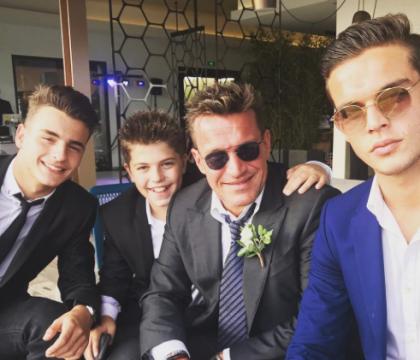 Benjamin Castaldi entouré de ses trois fils en Corse : Un cliché rare !