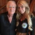 """""""Hugh Hefner et son épouse Crystal Harris sur une photo publiée sur Instagram en avril 2015"""""""