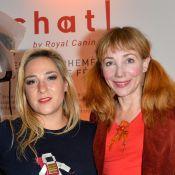 Julie Depardieu et Marilou Berry sous le charme de petites bêtes à poils