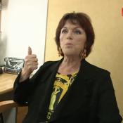 """Anny Duperey, malade et """"outrée"""" : Elle s'en prend à Élise Lucet !"""