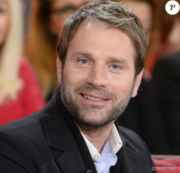 """Thomas Jouannet - Enregistrement de l'emission """"Vivement Dimanche"""" à Paris le 8 janvier 2014."""