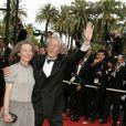 Jean Rochefort et sa femme Françoise Vidal lors de la cérémonie de clôture du 59ème Festival International du Film de Cannes. Le 28 mai 2006. © Frédéric Piau/Bestimage