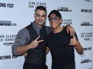 Jean-Claude Van Damme : Bain de foule avec son fils, Kristopher