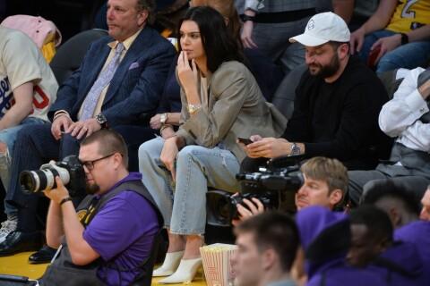 Kendall Jenner : Spectatrice discrète des exploits de son chéri basketteur