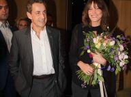 Carla Bruni triomphe sous le regard de Nicolas Sarkozy, debout !