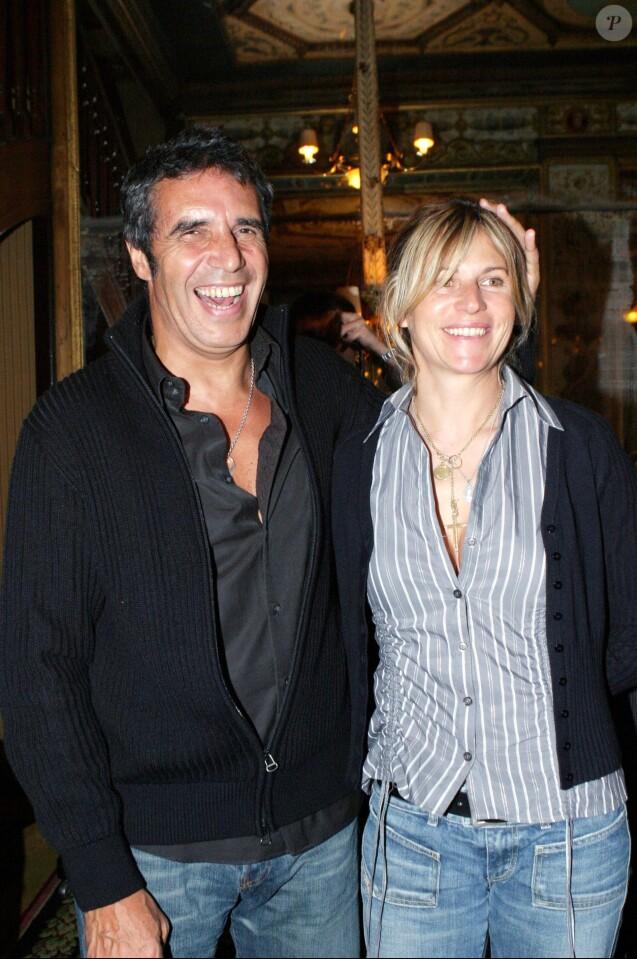 Julien Celrc et Virginie Coupérie-Eiffel à Paris, le 13 novembre 2003.