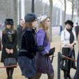 Les princesses Eugenie et Beatrice à l'inauguration du mémorial pour la reine-mère. 24/02/09