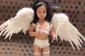 Une actrice choque en déguisant sa fille de 2 ans en mannequin lingerie