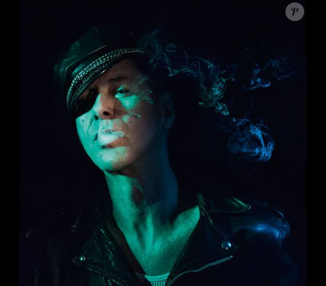 """Etienne Daho - l'album """"Blitz"""" attendu le 17 novembre 2017."""