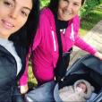 Georgina Rodriguez en balade avec Maria Dolores dos Santos Aveiro, la maman de Cristiano Ronaldo, et Eva, l'un des jumeaux de CR7. Instagram le 23 novembre.
