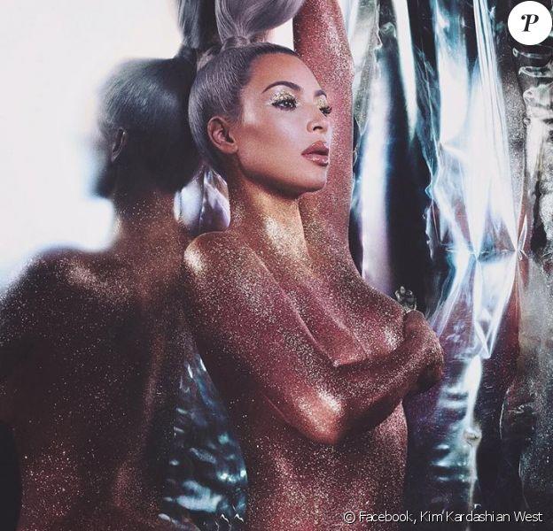 Kim Kardashian pour KKW BEAUTY. Novembre 2017.