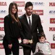 Lionel Messi, sa femme Antonella Roccuzzo et leur fils Thiago - Remise du Soulier d'Or européen pour la saison 2016/17 à Barcelone le 24 novembre 2017