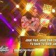 """Agathe Auproux sur scène avec François Feldman dans un prime dérivé de """"Touche pas à mon poste"""", """"Le grand babaoké"""" lundi 4 décembre 2017 sur C8."""