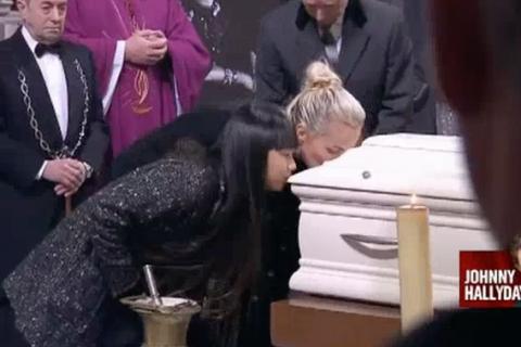 Laeticia Hallyday, Jade et Joy : Dernier baiser et adieux déchirants à Johnny