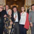 Luc Plamondon, Michel Leeb, Line Renaud, Robert Charlebois, Françoise Nyssen et Patrick Bruel - R. Charlebois a été décoré des insignes de Commandeur de l'ordre des Arts et des Lettres lors d'une cérémonie au Ministère de la Culture à Paris le 12 décembre 2017. © Giancarlo Gorassini/Bestimage
