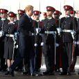 Le prince Harry représentait la reine Elizabeth II le 15 décembre 2017 lors de la revue des troupes de la Parade de la Souveraine, marquant la sortie d'une nouvelle promotion d'officiers de l'Académie militaire royale de Sandhurst.